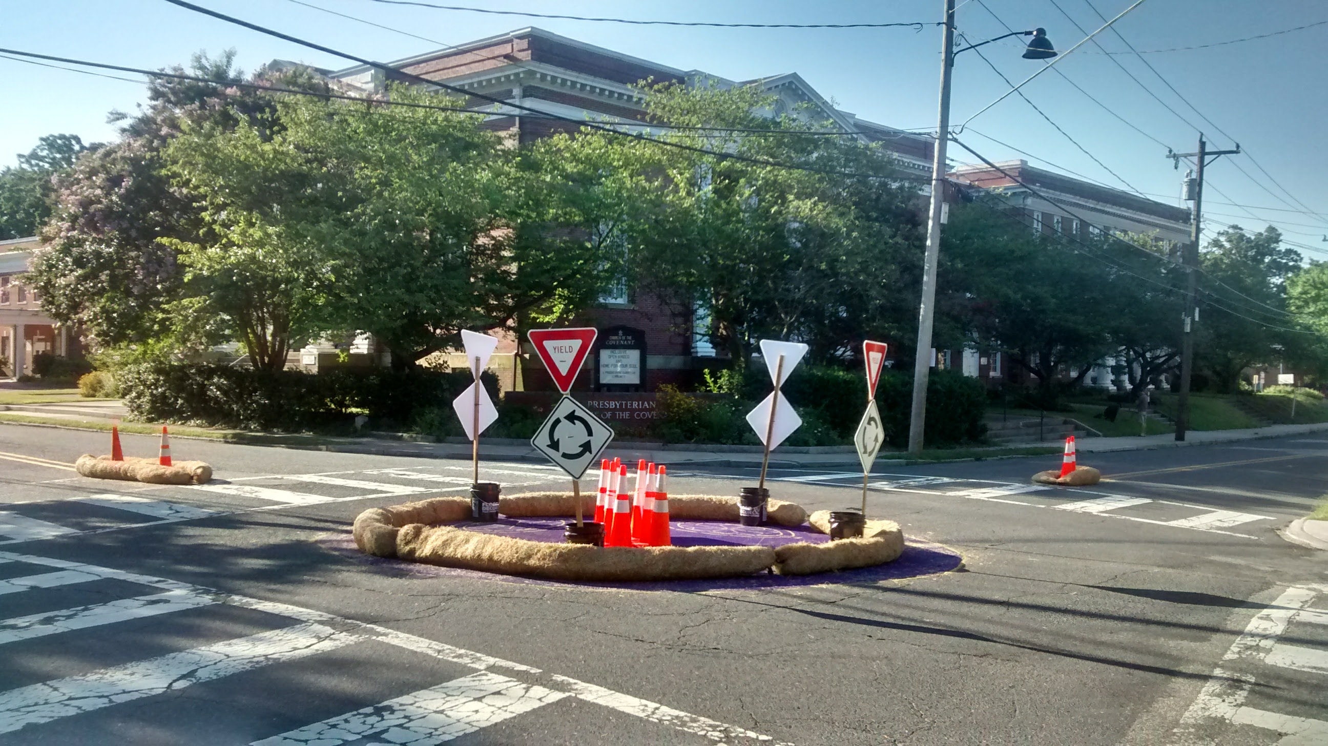 Barriers and signs in middle of intersection